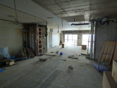 サンコーポ浦安 室内解体中