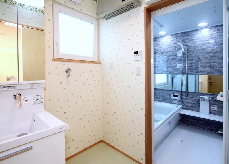 11. 1F 洗面脱衣・浴室
